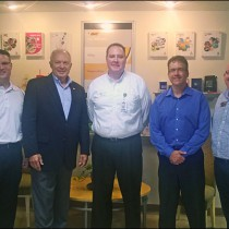 BIC Graphic Hosts Minnesota Congressman At Its Red Wing Facility
