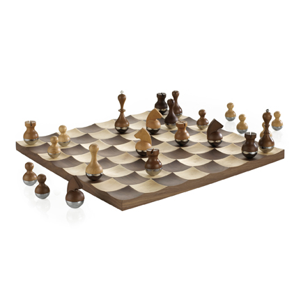 Wobble Chess Set web